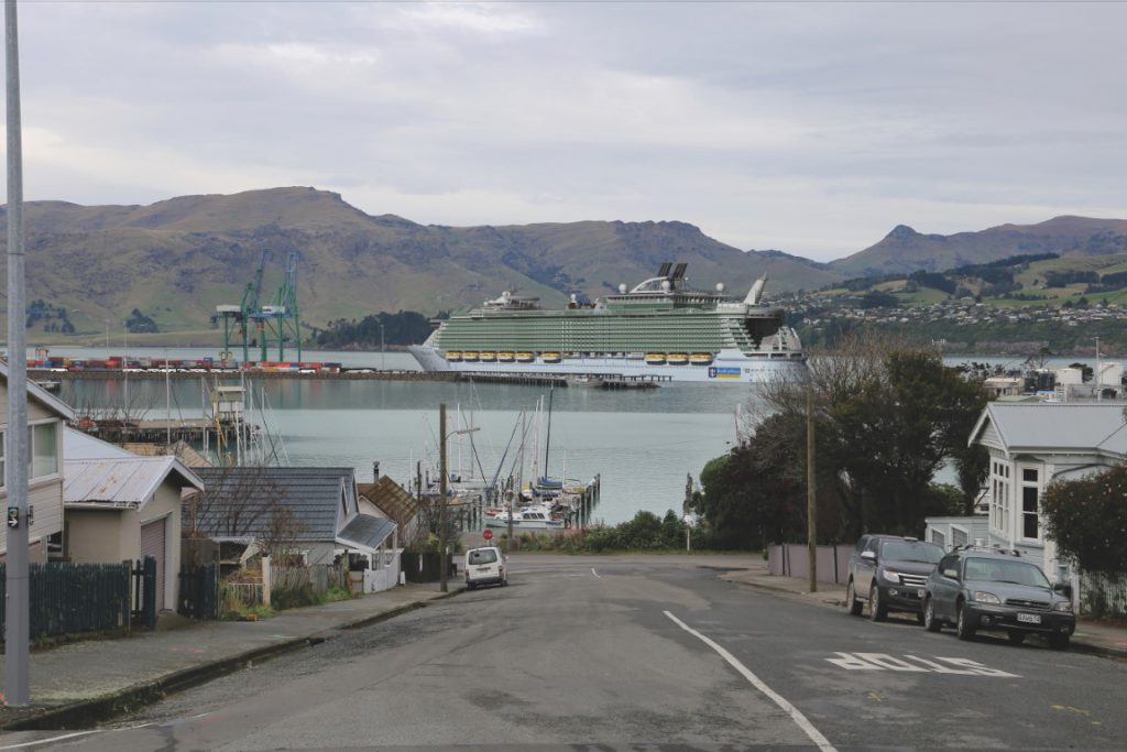Artist impression: cruise ship at new cruise berth to be built at Lyttelton Port