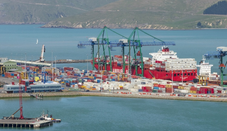 Largest Cargo Ship >> Largest Container Ship To Call At Lyttelton Lyttelton Port Company